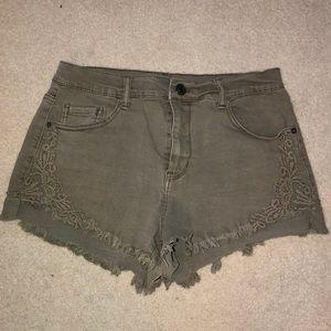 olive green mudd jean shorts